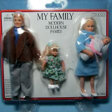 Dollhouse Miniature Modern Family Dolls Dad Mom Girl and Baby 00010
