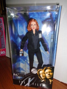 BARBIE DOLL AGENT DANA SCULLY X FILES   NRFB