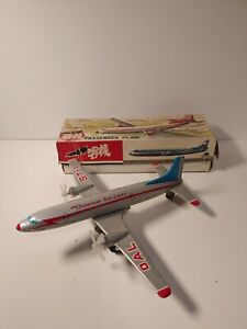 Red China MF-104 MF104 Passenger Plane Friction Tin Toy In Original Box