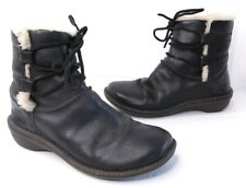 UGG Australia Size 7 Caspia Black Leather Ankle Boots Sheepskin Lined S/N 1932