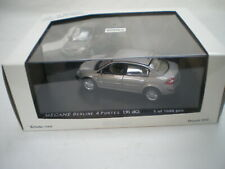 Renault Megane II Berline 4p. Beige Angora 2003 -2009 1/43 Norev Neuf Box 517630