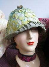 1920s Wild & Unusual Paradise Label Green Leaves Cloche Hat 22.5 Size