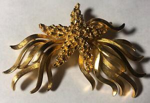 Vintage Trifari Star Burst Gold Brooch Pin