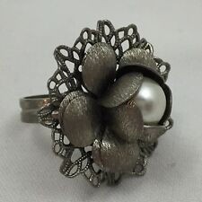 "W/ Center ""Pearl""-Adjusta ble Size Metal Fashion Jewelry Ring-Flower Shape Design"