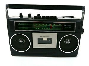 Vintage Cosmel 500 Portable Cassette Tapedeck FM AM Radio H167