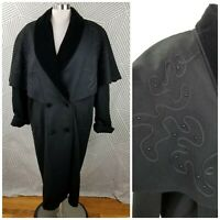 Vintage Cape Coat Wool size XL/1X Embroidered Velvet Collar duster long Trench