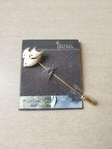 Vintage Trifari gold tone modernist fish stick pin on original card