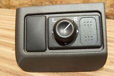 Nissan Maxima  QX II (A33) Spiegel aussen Schalter (1)