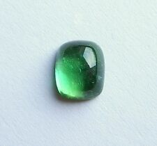 Turmalin Cabochon   grün  10 x 8 mm  3,50 Carat  antik   Kissenform