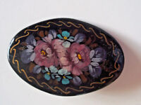 Vintage black hand painted flowers signed ooak pin brooch jewelry!!