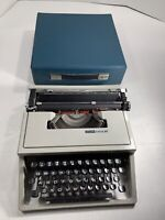 Vintage 1969 Olivetti Lettera 31 Typewriter With Original Case Made In Spain