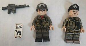 Brickmania   South Vietnam  x 2  Minifigures from Walker Bulldog Tank set