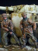 1/35 Resin Figure Model Kit German Soldiers Grenadiers WWII WW2 Unpainted