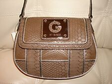 NEW WT GUESS PURSE BROWN TAUPE CROSS BODY BAG LEATHER LIKE SNAKE SILVER HALONA