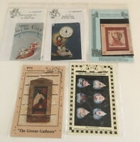 VINTAGE LOT OF 5 CHRISTMAS Tole Painting PATTERNS COUNTRY DELANE FRANK BIELEC