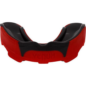 Venum Predator Mouthguard with Case - Red/Black