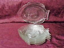 CLEAR GLASS FISH SHAPED SERVING SNACK PLATES  7 PC
