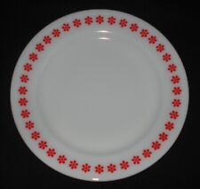 "PYREX - 10 1/2"" Penn Dutch FRIENDSHIP Under-Plate, White with Red/Orange DAISIES"