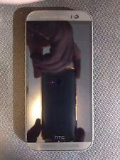 HTC ONE M8 WINDOWS PHONE, HTC6995L, GOOD ESN, BROKEN LCD, MISSING CAMERA COVER