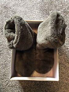 Clarks Warm Hearted Faux Fur Slipper Booties Charcoal Grey Size Uk 7 D Width