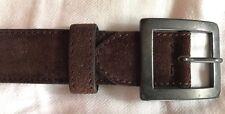Cintura in cuoio scamosciato marrone. Misura 90.