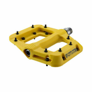 """RaceFace Chester Composite Platform Pedals 9/16"""" Yellow"""