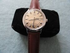 Vintage Timex Mechanical Wind Up Men's Watch - Day and Date - Leather Band