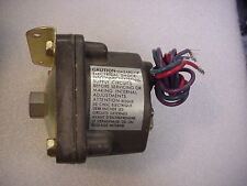 NEW BARKSDALE D1H-H18 PRESSURE SWITCH 0.4-18psi