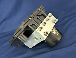 2001 2002 Toyota Sequoia ABS Pump Anti Lock Brake Module | 44500-0C020