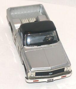 Jada DUB City 1972 Chevrolet Cheyenne Pickup Truck 1/24 Scale Die Cast  READ
