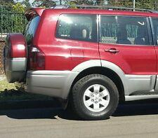 Mitsubishi PAJERO Beige Leather Seats  BEIGE 2003 EXCEED NM NP PARTS