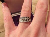 Wundervoller Briter Unisex 925 Sterling Silber Ring Designer Muster Dreiecke Top