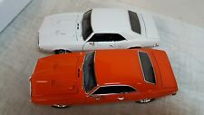 ACME: 1:18 1968 FIREBIRD CAMEO WHITE & CARNIVAL RED HARDTOP-SERIAL #8-9 wow