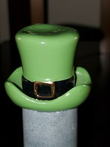 Nora Fleming Mini - A87 Spot O' Irish Hat St. Patrick's Day platter charm