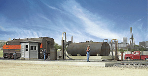 2908 Walthers Cornerstone Diesel Fueling Facility HO Scale