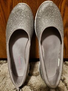 SPARKLING SILVER Slip-ons: Concept 3 by Skechers Liana 112010, Women's 9.5 NEW