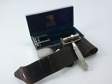 Vintage WILKINSON Sword Co. Ltd. Safety Razor Chrome/Silver Box Made in ENGLAND
