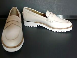 NWOB Franco Sarto Cedra Ivory Leather Loafers Oxfords