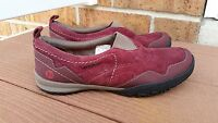 Merrell  Burgundy Albany Moc SlipOn Shoes Size 6.5 Performance Footware A8