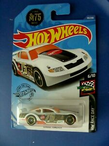 #75 CIRCLE TRACKER - HW RACE DAY 6/10 - NASCAR STYLE -  HOT WHEELS 1:64 CAR -