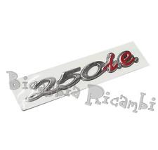 656236 - TARGHETTA ADESIVA 250 I.E. PER COFANO MOTORE VESPA GTS 250