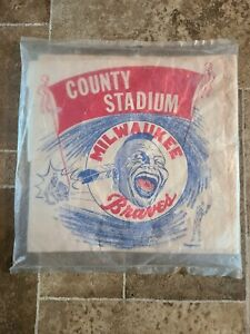 1950s Milwaukee Braves Screaming Brave Indian Paper Seat Cushion Aaron Spahn WOW