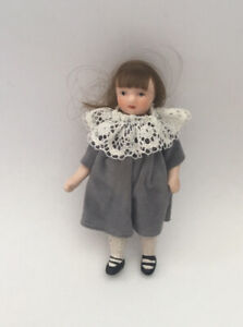 Dolls House Girl - 9.5 cm