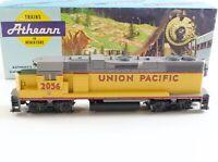 UNION PACIFIC GP38-2 Diesel Locomotive UP #2056 Athearn HO 4611