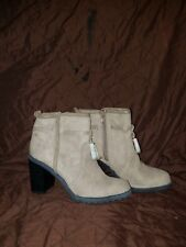 NWT Women's Heel Ankle Boots Shoes Choose Size 6 Taupe