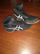 Oasics Wrestling Shoes men's Size 6 (women's size 8). Vgc
