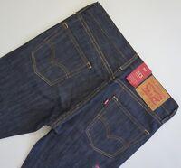 LEVI'S 513 STRAIGHT Jeans Men's 30x32, Authentic BRAND NEW (085130025)