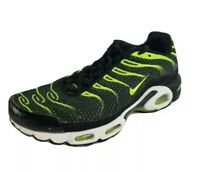 Nike Air Max Plus Black and Volt Running Shoes 852630-036 Men's Size 10 Sneakers
