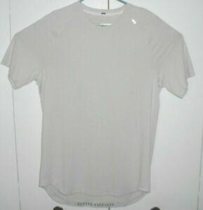 LULULEMON Men's Tech Athletic Tee Shirt Better Everyday Gray Striped L/XL?