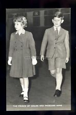 r4296 - Trh. Princess Anne and Prince Charles at a Train Station - postcard